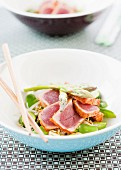 Red tuna with sesame seeds and vegetables