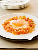 Fried eggs with vegetables