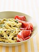 Tagliatelles with green carbonara sauce