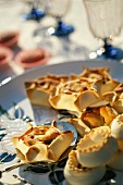 Petits pâtés de Pézenas (Traditionelles, pikantes Gebäck aus Pézenas, Frankreich)