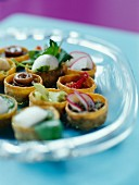 Croustades (mini pastry bowls) with various fillings