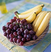 Black grapes and bananas