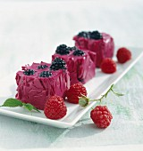 Fruit jelly with raspberries, blackberries and beetroot