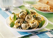 Tortellini with olive oil and basil