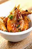 Asian-style sauteed shrimps with scallion and pepper