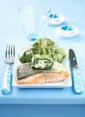Pan-fried salmon and lettuce stuffed with fresh goat's cheese