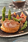 Duck tournedos with asparagus and figs