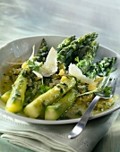 Green asparagus with parmesan flakes and lemon