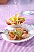 Golden scallops with stewed chicories