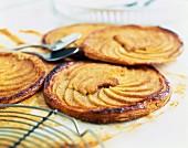 Apple and cinnamon tartlets