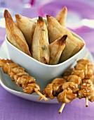 Samossas and caramelized yakitoris