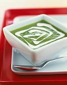 Cream of green asparagus with cream