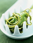 Green Matcha tea -flavored noodles with mint dressing
