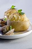Baked potatoes with littleneck clams