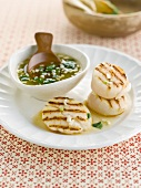 Grilled scallops with rice vinegar