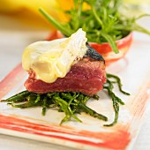 Entrecote with Camembert and green beans