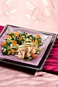 Surprise chicken with green vegetables