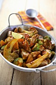Spicy sauteed pork with vegetables