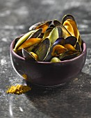 Mussels with curry