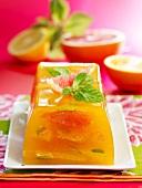 Zitrusfrucht-Terrine mit Teearoma