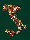 Map of Italy made with fruit and vegetables