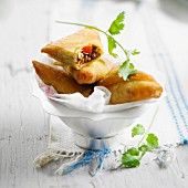 Mini filo pastry meat pies