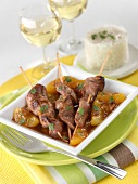 Duck breast brochettes with apricots