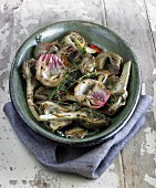 Grilled artichokes with thyme and garlic