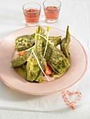 Salat mit Artischocken, Tomaten und Sojasprossen
