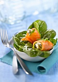 Gorgonzola and spinach smoked salmon rolls