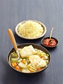 Fisch im Gemüsesud mit Couscous