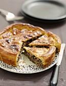 Angeschnittene Champignon-Pie