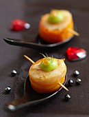 Scallop and carrot Makis