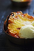 Vanilla-flavored pan-fried pineapple with a scoop of ice cream