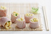 Boiled ham and shell pasta Makis