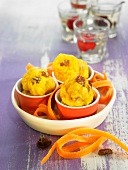 Small spelt flour cakes with carrots, ewe's cheese and raisins