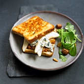 Pear and gorgonzola toasted sandwich