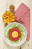 Steak tartare with french fries