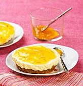 Individual marmelade cheesecake