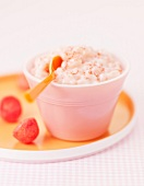 Rice pudding with strawberry Tagada candies