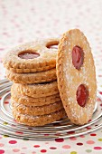 "Strawberry jam ""Lunettes de Romans"" cookies"