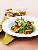 Warm pepper and mushroom salad