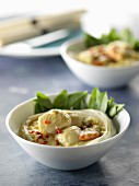 Rice vermicellis with scallops and coconut-curry sauce
