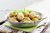 Sauteed Grenaille potatoes with coarse salt