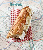Camembert sandwich on a plan of the Parisian Metro