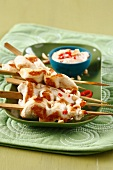 Chicken brochettes with sate sauce