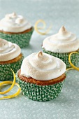 Cupcakes with lemon meringue topping
