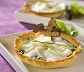 Spinach and goat's cheese tartlet