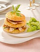 Schichttörtchen mit Putenfleisch und Foie Gras