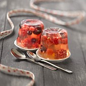 Summer fruit in Lillet jelly Cannelés